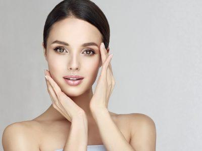 Θεραπείες που διεγείρουν το κολλαγόνο & χαρίζουν νεανικό δέρμα